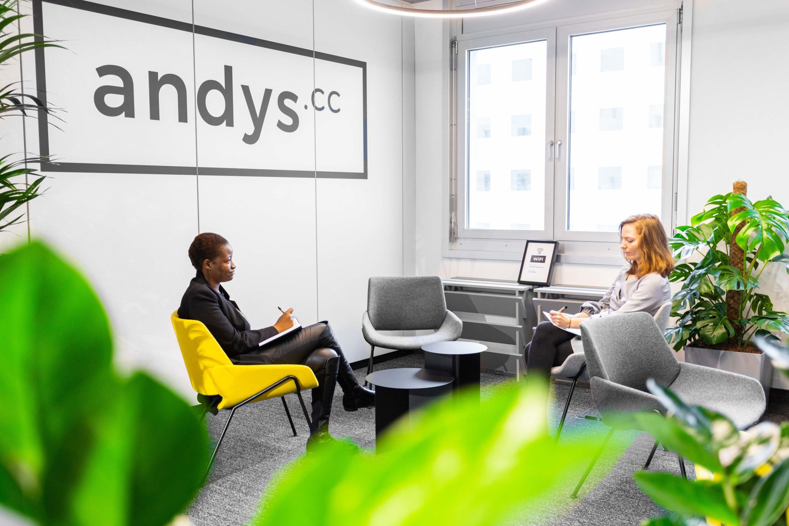 Andys.cc produktiv arbeiten im Coworking Spaces Lassallestraße Loungearea